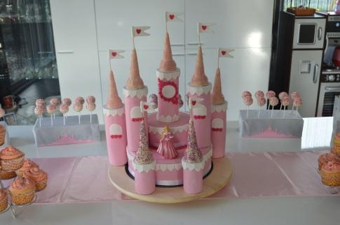 Gateau anniversaire Chateau de princesse Calais